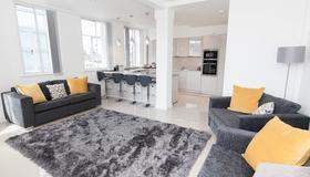 Casa Fresa - Oxford Place Apartment - Manchester - Wohnzimmer