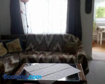 Apartmán se zahradou - Krnov - Living room