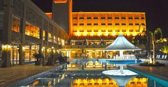 Amerian Hotel Casino Carlos V - Термас-де-Рио-Хондо