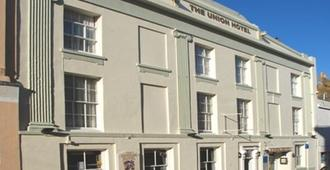 Union Hotel - Penzance - Building
