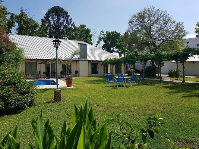 Hotel Portobelo Mendoza - Mendoza - Innenhof