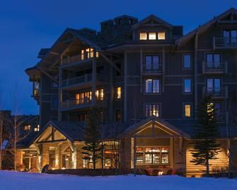 Four Seasons Resort Jackson Hole - Teton Village - Building