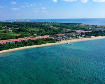 Fusaki Beach Resort Hotel & Villas - Ishigaki - Outdoor view