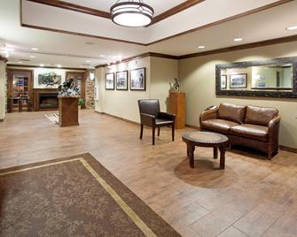 Holiday Inn Express Hotel & Suites Lander, An IHG Hotel - Lander - Lobby