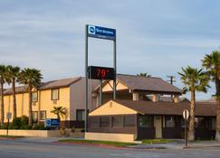 Best Western Desert Winds - Mojave - Edificio