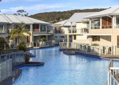 Oaks Port Stephens Pacific Blue Resort - Salamander Bay - Bể bơi
