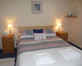 The London Inn - Padstow - Schlafzimmer
