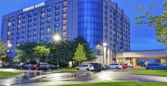 Embassy Suites by Hilton Minneapolis Airport - Bloomington - Building