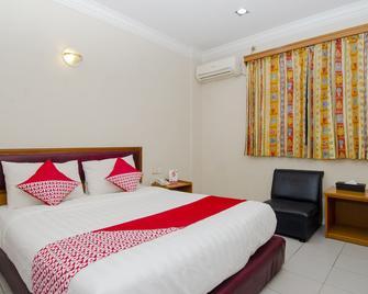 Halim Hotel - Tanjung Pinang - Bedroom