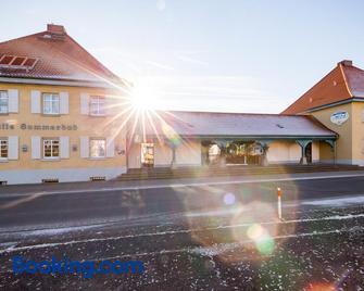 Hotel Am Sommerbad - Halberstadt - Building