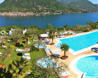 Weekend Glamping Resort - San Felice del Benaco - Pool