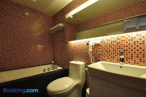 Young Motel - Taitung City - Phòng tắm