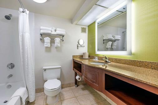 Comfort Inn & Suites Anaheim - Anaheim - Phòng tắm