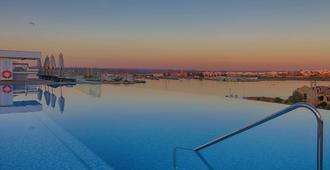 Jupiter Marina Hotel & Spa - Adults Only - Portimão - Bể bơi