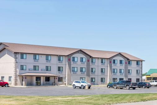 Super 8 by Wyndham Sioux City South - Sioux City - Gebäude
