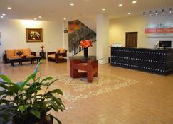 Hotel San Miguel - Pénjamo - Lễ tân