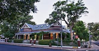 Roosenwijn Guest House - Stellenbosch - Building