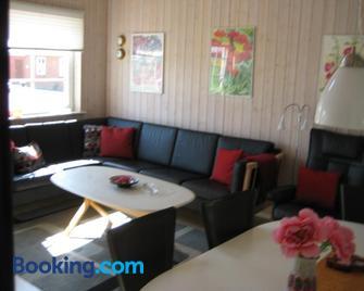Mersted Feriehus - Tonder - Living room