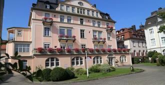 Villa Thea Kurhotel am Rosengarten - באד קיסינגן - בניין
