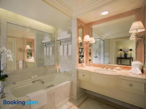 The Peninsula Beverly Hills - Los Angeles - Bathroom