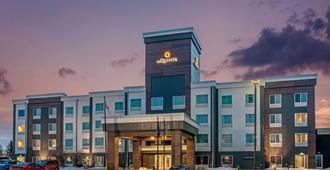 La Quinta Inn & Suites by Wyndham Bismarck - Bismarck