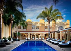 Ixtapan de la Sal Marriott Hotel, Spa & Convention Center - Ixtapan de la Sal - Pool