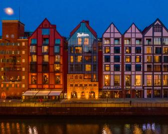 Radisson Hotel & Suites Gdansk - Gdaňsk - Building