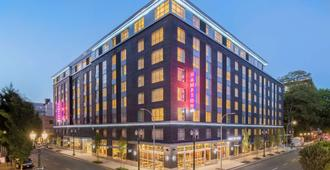 Hampton Inn and Suites by Hilton Portland-Pearl District - Portland - Edificio