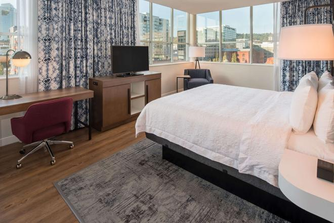 Hampton Inn and Suites by Hilton Portland-Pearl District - Πόρτλαντ - Κρεβατοκάμαρα
