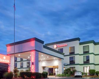 Ramada by Wyndham Pearl/Jackson Airport - Pearl - Building