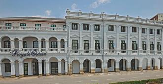 Royale Chulan Penang - ג'ורג' טאון - בניין
