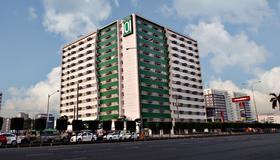 Hotel 101 Manila - Manila - Edificio