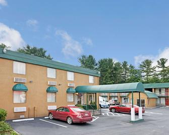 Travelodge by Wyndham Beckley - Beckley - Rakennus
