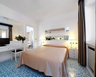 Albergo Terme Villa Svizzera - Lacco Ameno - Bedroom