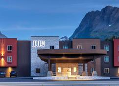 Totem Hotel And Suites - Valdez - Κτίριο