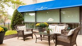 SpringHill Suites Chicago O'Hare by Marriott - Rosemont - Patio