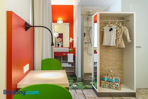 Ibis Styles Karlsruhe Ettlingen - Ettlingen - Bathroom