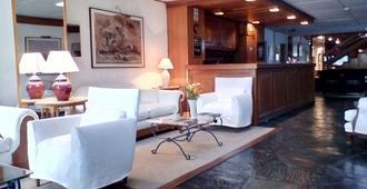 Oasis Parque Hotel - פונטה דל אסטה - דלפק קבלה