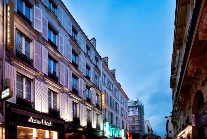 Elysées Hotel - Paris - Building