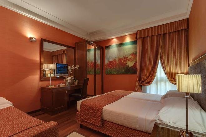 Grand Hotel Adriatico - Florencia - Habitación