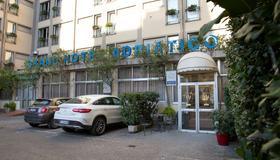 ベスト ウエスタン グランド ホテル アドリアティコ - フィレンツェ - 建物