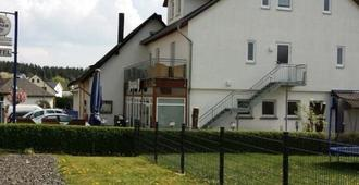 Albergo Restaurante Da Franco - Büchenbeuren - Building