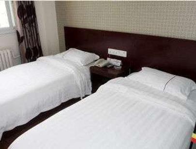 Super 8 by Wyndham Beijing Ma Jia Pu Jiao Men - Beijing - Bedroom