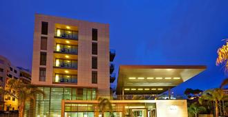 Golden Residence Hotel - Funchal - Building