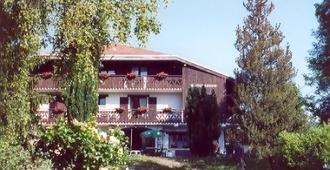 Hotel Cro-Bidou - Évian-les-Bains - Building