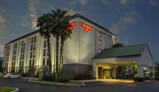 Hampton Inn Tampa-Veterans Expwy (Airport North), FL - Tampa - Building
