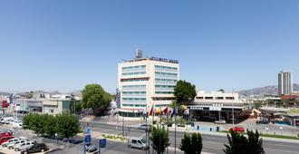Hotel Azarbe - מורסיה