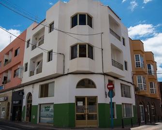 Hostal Tamonante - Gran Tarajal - Building