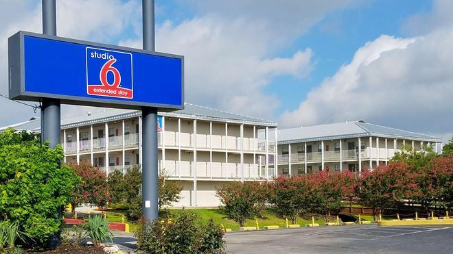 Studio 6 San Antonio - Lackland AFB - San Antonio - Gebäude