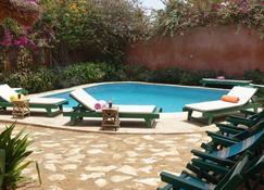 Keur Marrakis - Mbour - Pool